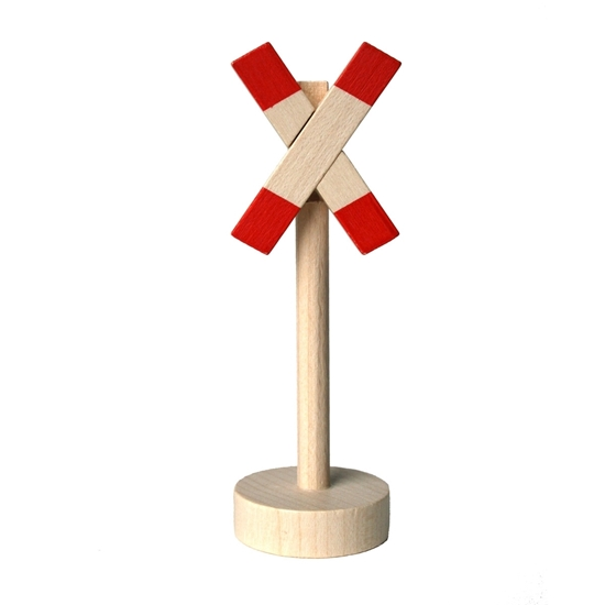 Houten verkeersteken onbewaakte spoorweg om met autootjes te spelen. Houten ronde sokkel met houten paal en wit en rood x-kruis.