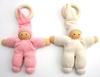 2 babypopjes in katoen met houten bijtring, 1 Roos en een wit