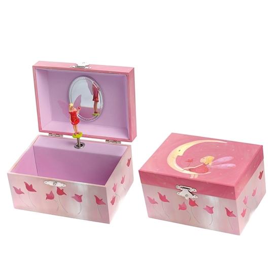 Twee rose kinderjuwelenkistjes, 1 open en 1 gesloten. Van binnen staat een ballerina te dansen op het muziek van de muziekdoos. Op het deksel van het gesloten doosje staat een maan afgebeeld waar een elfje op zit.